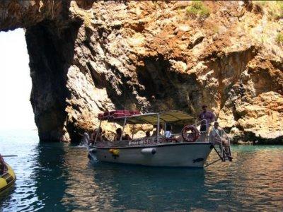 Nautica Lo Scoglio Escursione in Barca