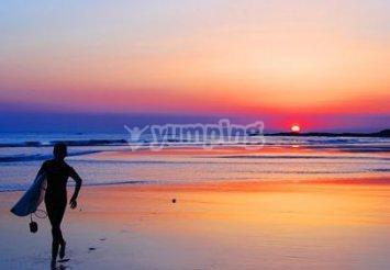 Prova una tra: Surf, Kitesurf e Windsurf