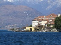 Navigare sul lago Maggiore