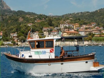 verdebluhouse agriturismo e diving Escursione in Barca