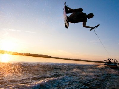 Water Games Wakeboard