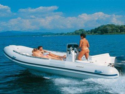 Water Games Noleggio Barche