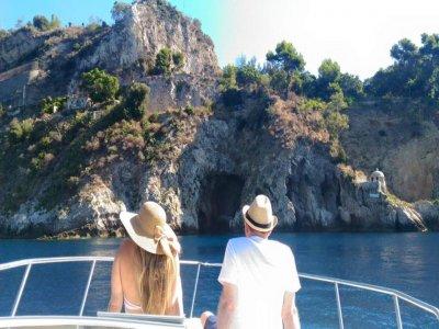 Pizzichella  Escursione in Barca