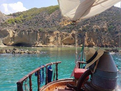 Crew Lopez Escursione in Barca