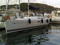 Charter a vela a Lavagna