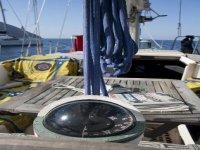 Bussola in barca