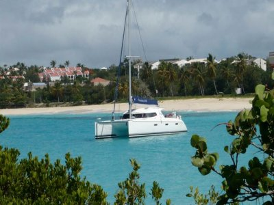 GPS Yachts Escursione in Barca