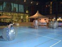 Si gioca a bubble soccer