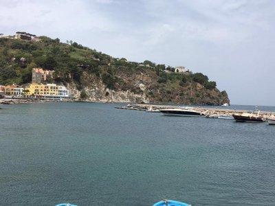La Darsena Charter Escursione in Barca