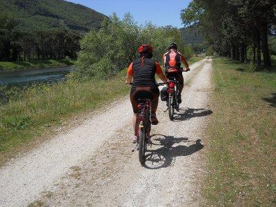 Tour in MTB Lago di Piediluco mezza giornata