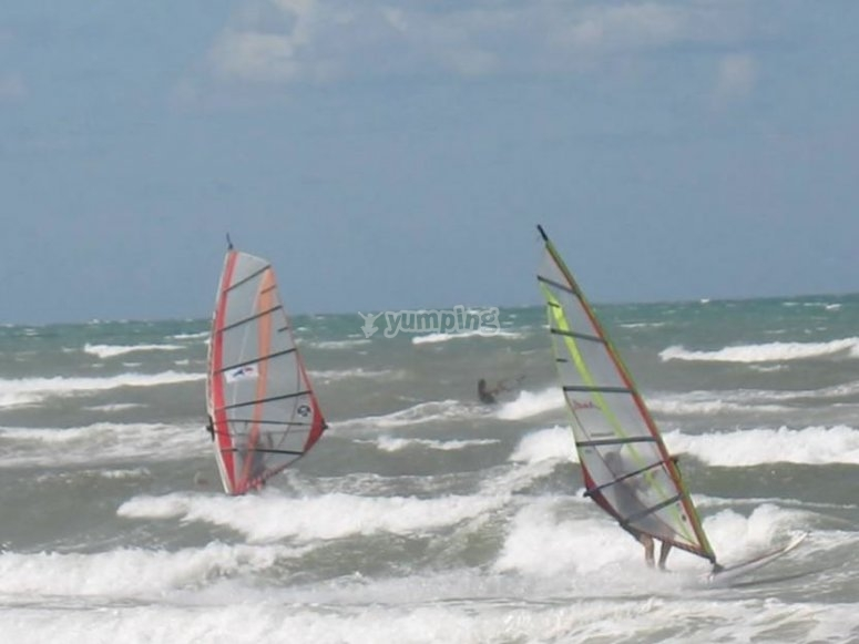 Corsi di windsurf in Salento