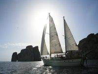 noleggio e crociere barche a vela sud sardegna