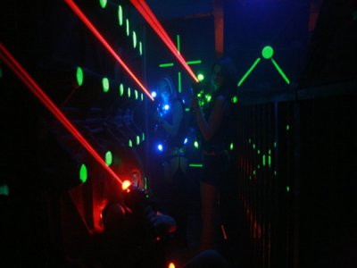 Giocare a Laser Tag 1 ora a Drezzona