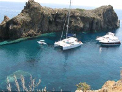 Eolie Nautica Service Escursione in Barca