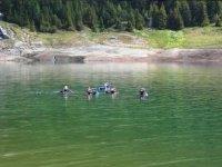 Immersione nel lago