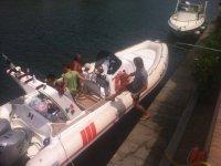 Rubber dinghy rental