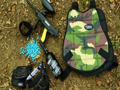 Play Paintball 2 hours in Grugliasco