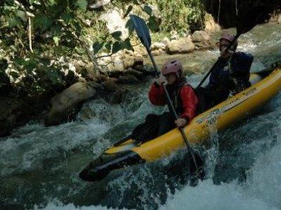 Centro Lao Action Raft Canoa
