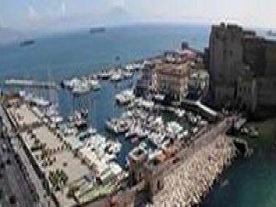 A Gonfie Vele Napoli Escursione in Barca