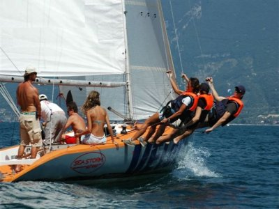 Giornata in Barca a Vela sul Lago di Garda