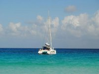 Sailing courses on cabin cruisers