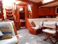Gli interni della barca