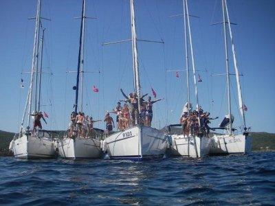 Nodo Bandiera Noleggio Barche
