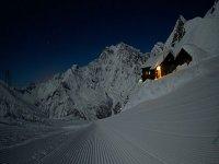 Ciaspolate notturne con le guide alpine