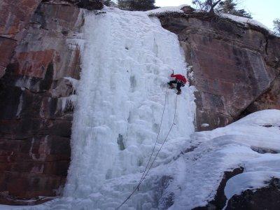 Corso Base Arrampicata su ghiaccio (1 giornata)