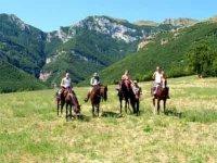 A cavallo Monti Sibillini