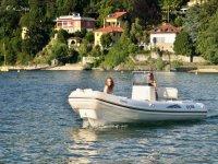 Sul Lago Maggiore a bordo del gommone