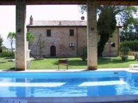 Due giorni a cavallo in Umbria:offerta per esperti