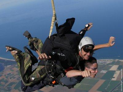 Associazione Sportiva Dilettantistica Paracadutisti Milano