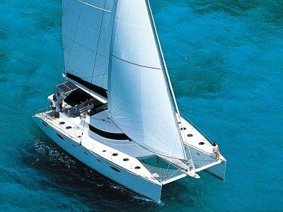 Blue Paradise Yacht Charter