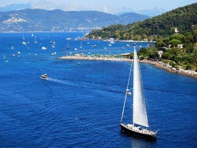 Corso di vela in un solo giorno in Liguria
