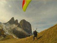 Dolomiti Val di Fassa paragliding