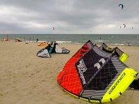 Kitesurfing school in Naples