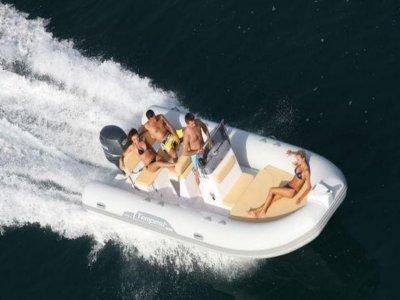 B.R.S Nautica Noleggio Barche
