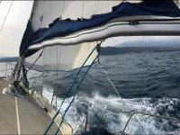 vela in mare
