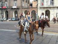 Passeggiata a cavallo per le vie di Torino
