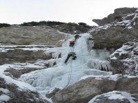 Arrampicare su ghiaccio