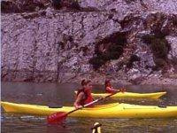 Clienti in canoa