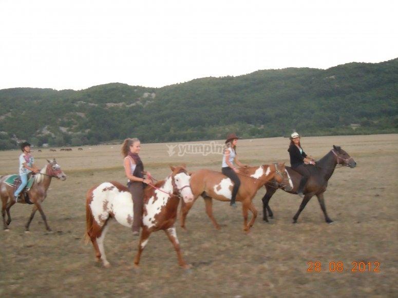Passeggiata equestre in Abruzzo