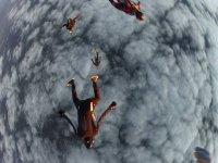 Lancio in coppia sulle nuvole