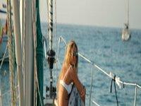 Sempre ci si rilassa in barca