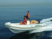 Verleih von Booten und Schlauchbooten