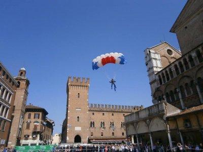 Scuola Paracadutismo di Ferrara