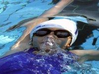 Nuotando