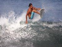Salta sopra le onde