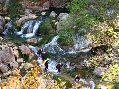 Canyoning in Valle d'Aosta: discesa del fiume Fer